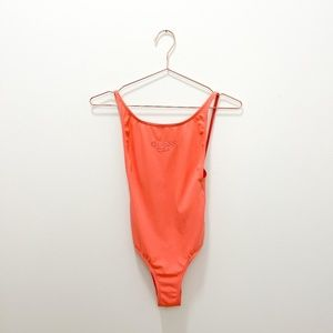 GUESS PEACH LOW BACK ONE PIECE SWIMSUIT SIZE XS